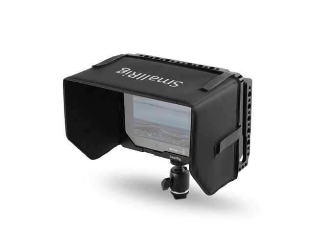 SmallRig Cage 1988 + sunhood for Blackmagic Video Assist 4K 7""